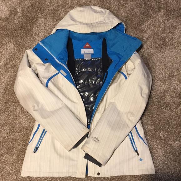 Columbia Jackets & Blazers - Columbia winter jacket size Medium ❄️☃️